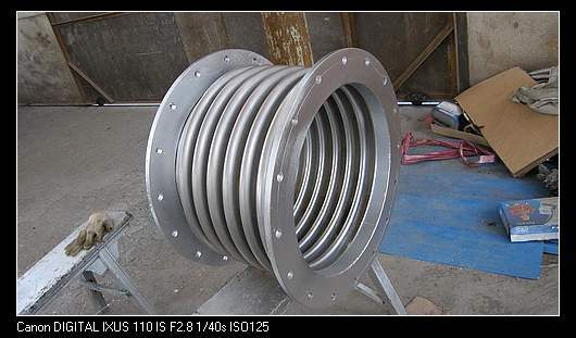 China flanged stainless steel bellow expansion joint