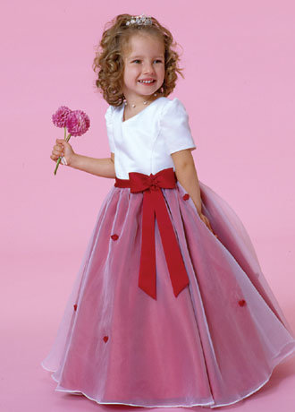 http://image.made-in-china.com/2f0j00NMotcDkfCyqQ/Flower-Girl-Dress-With-Sleeves-Davids-Girl-027-.jpg