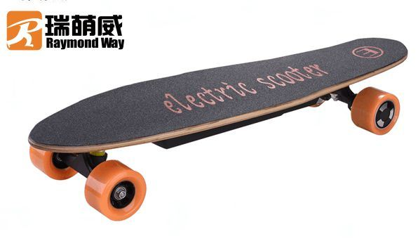 Four Wheel Electric Skateboard with Lithium Battery