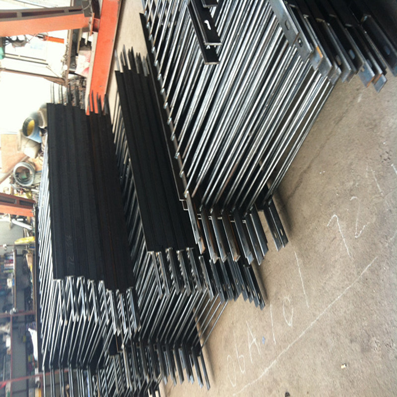 Hot Dipped Galvanized Pedestrian Barrier