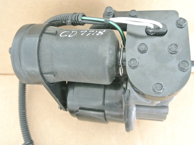 Air Suspension Compressor 2002-11 Cadillac Escalade Air Ride Suspension Compressor (Arnott)