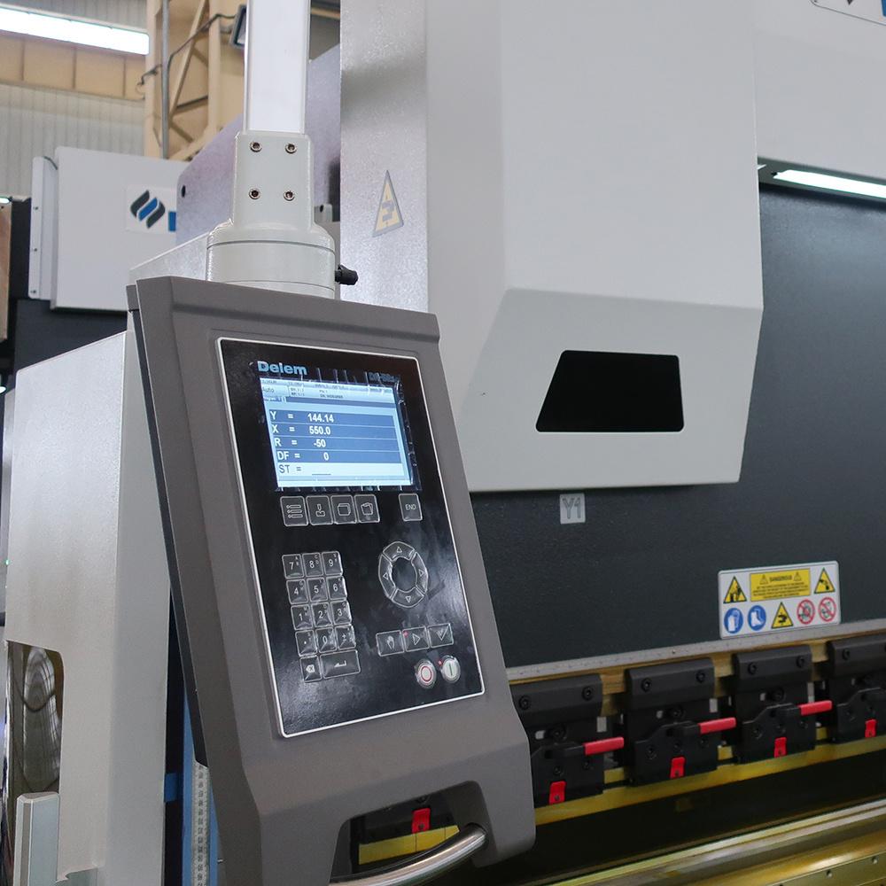 175t 3200mm CNC Press Brake with Delem Da52s CNC System