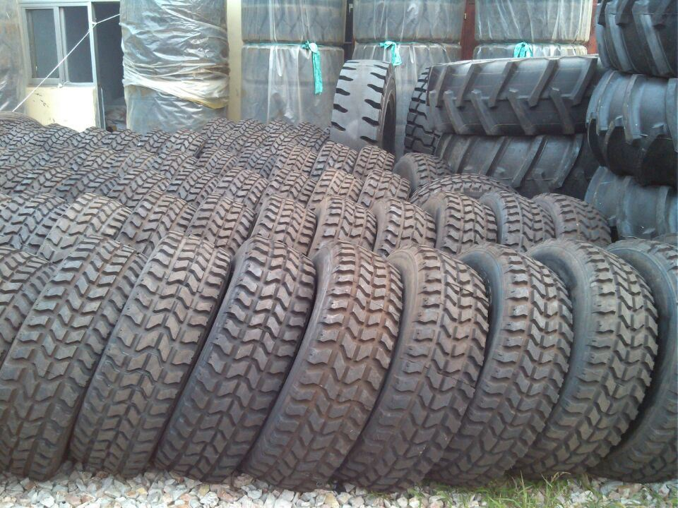Military Tyre 37X12.5r16.5, Special Pattern Tyre, Hummer Radial Military Tyre