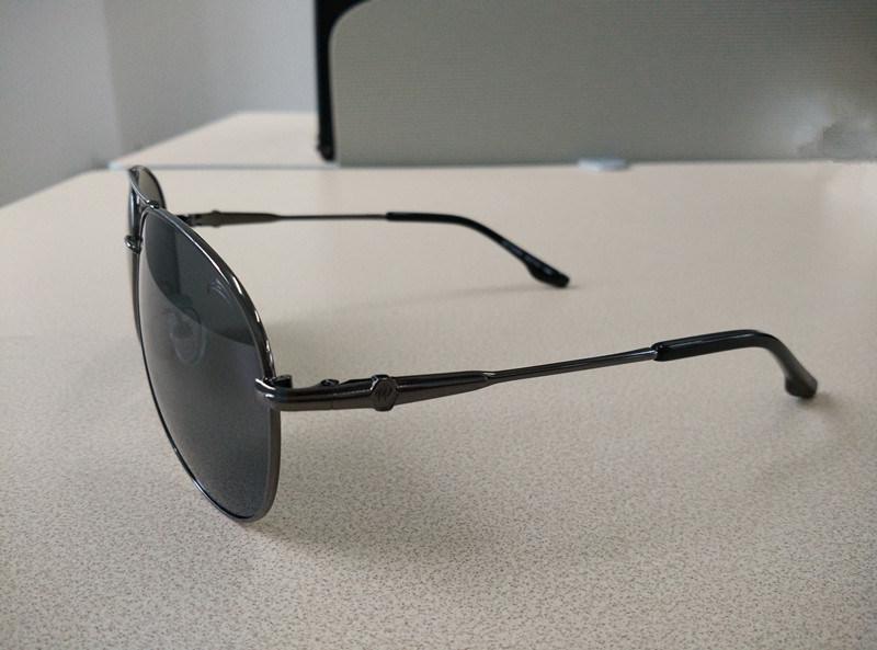 100% UV Protected Brand Metal Polarized Fashion Sports Sunglasses