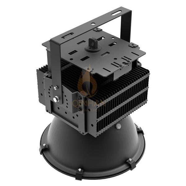 Waterproof IP65 100-500W Outdoor Spot LED Industrial High Bay Lamp