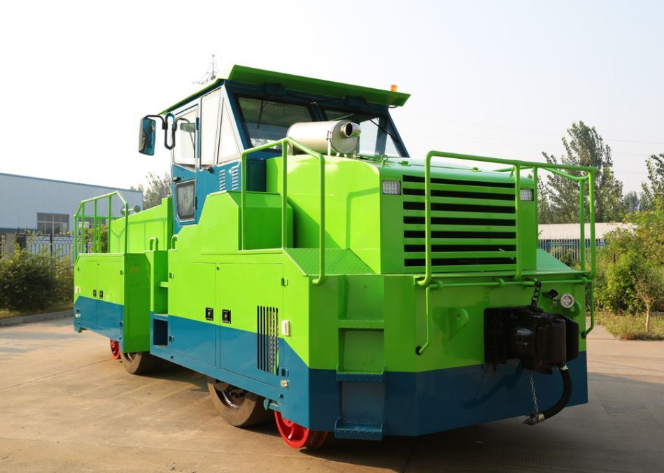 Railroad Locomotive with Cummins Engine