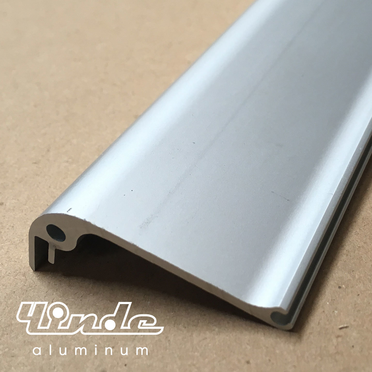 Aluminum Extrusion/Extruded Aluminium Profile for Trolley Frame