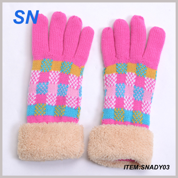 Wholesale Fashionable Knitting Winter Glove China Supplier