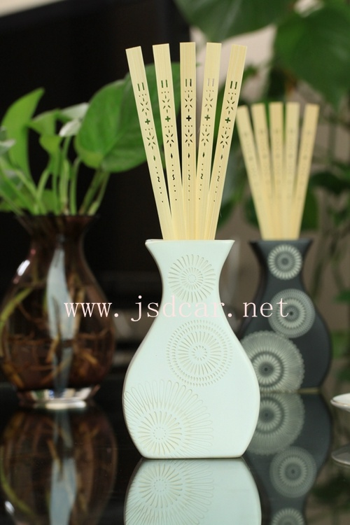 Newly Designed Glass Bottle Home Fragrance Aroma Rattan Reed Diffuser (JSD-K0014)