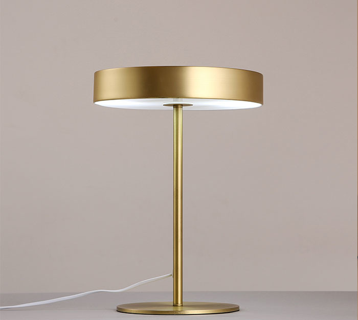 Modern Elgance Desk Table Lamp Lighting, Finished in Classical Black