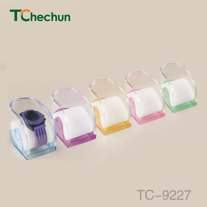 Polygonal Shape of The Transparent Bottom of The Various Colors of Plastic Box