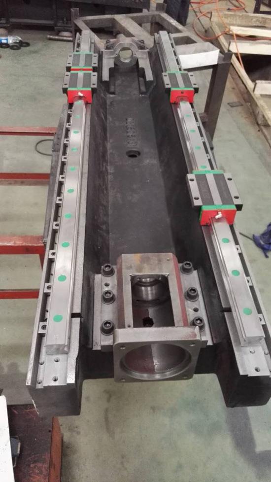 High-Performance CNC Milling Machine VMC1580