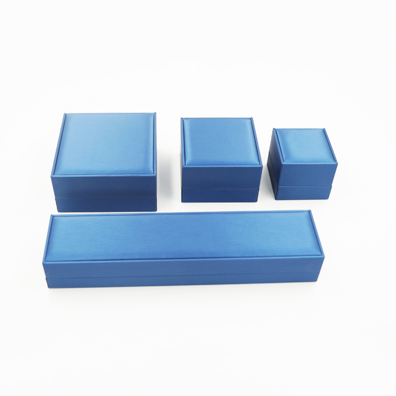 2017 New Arrival Packaging Storage Ring Jewelry Gift Box (J111-E)