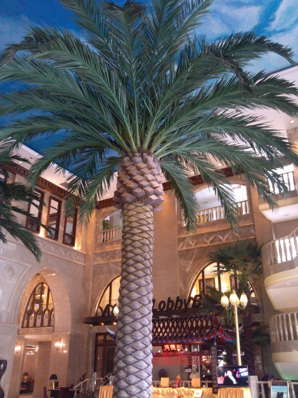 Artificial Palm Tree Hotel Decor Outdoor Use Coconut Palm Tree