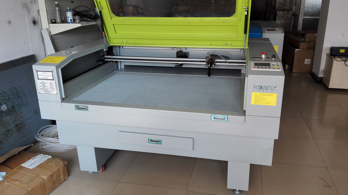 Laser Cutting and Engrave Machine for MDF, Fabric, Leather, Building Mould, Children Toys etc