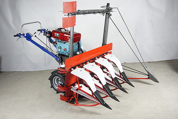 The Reaper for Reed and Corn Fitted on Mini Tiller