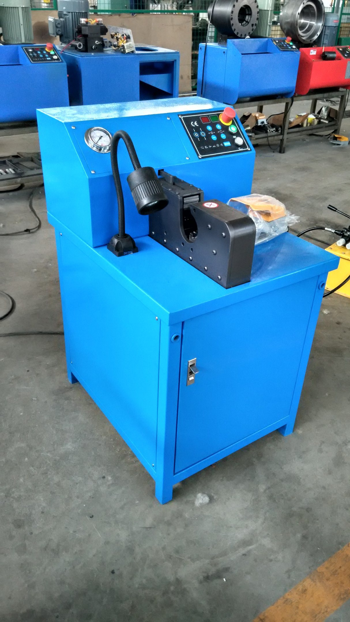 Hydraulic Air Condition Hose/Pipe Crimping Machine Side Opening /Side Feeding Hose Crimper