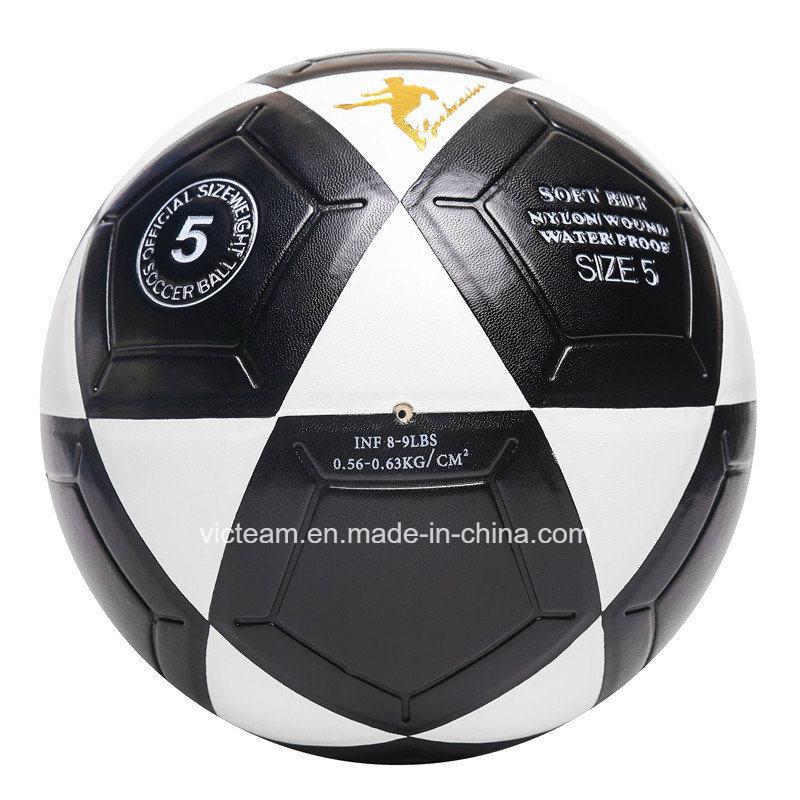 Reinforced Nylon Wounded Bladder Street Soccer Ball