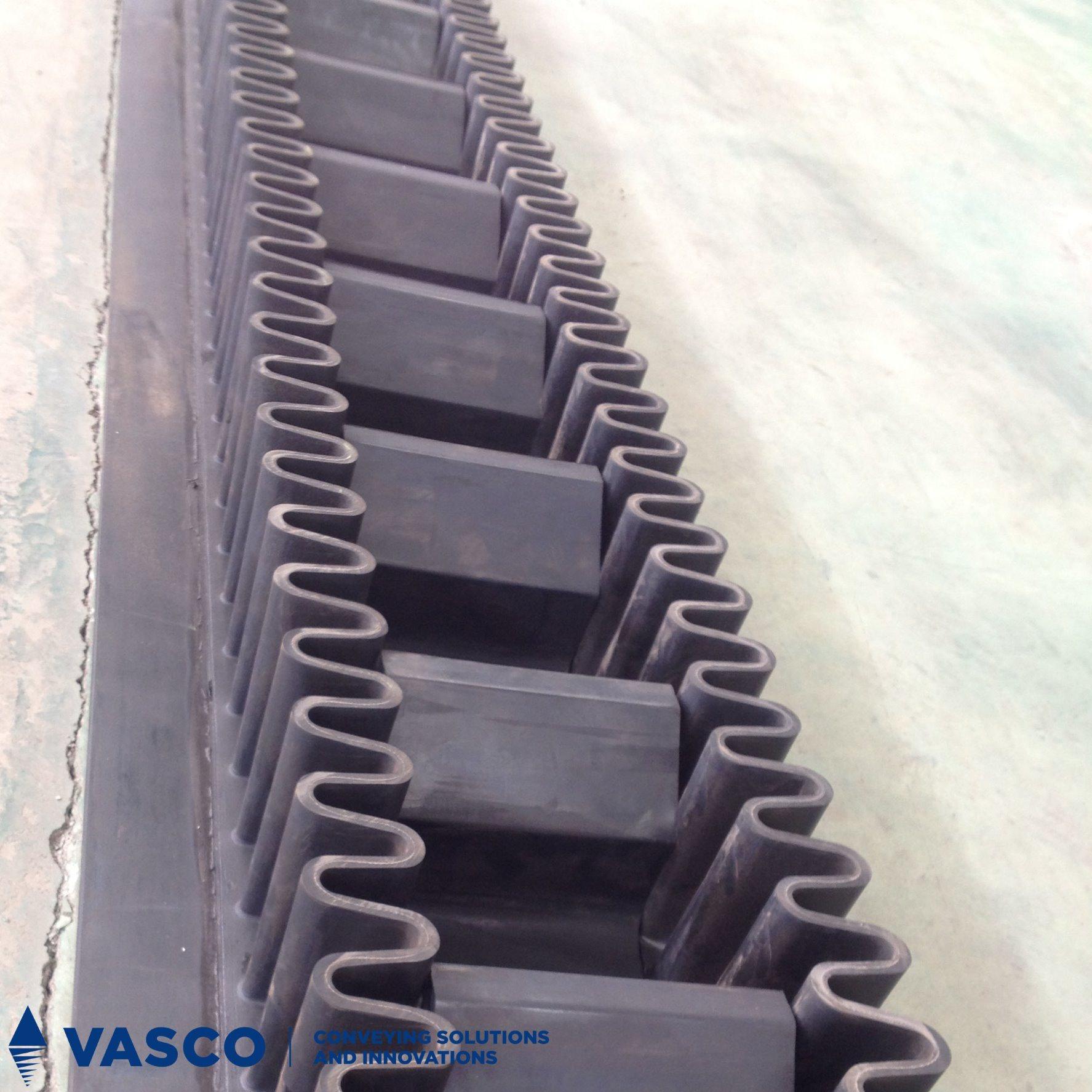 Hot Sale Corrugated Sidewall Conveyor Belt for Steep Inclination Angle
