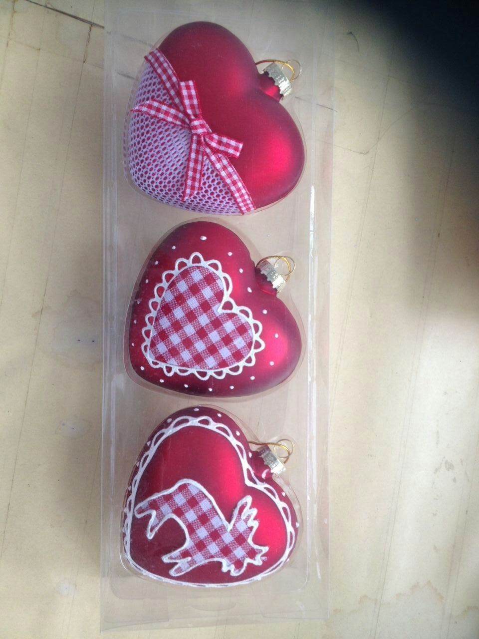 Christmas Ornament Glass Hearts with Color Drawing