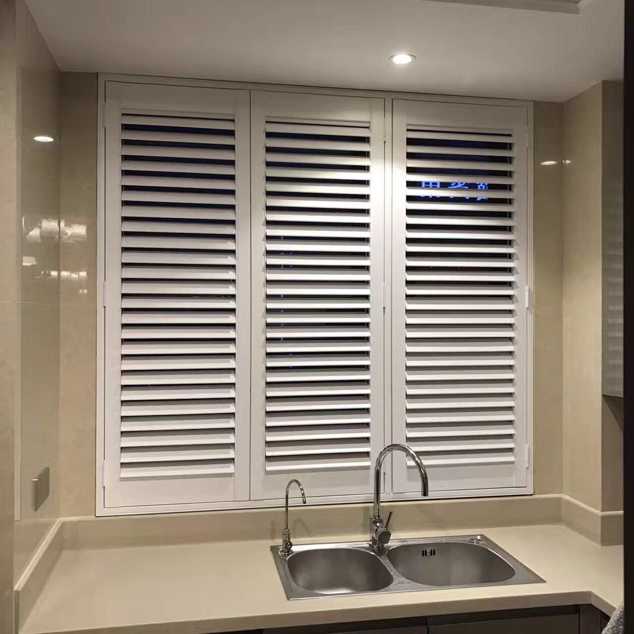 Factory Price Interior Door Shutter Wood Plantation Shutters