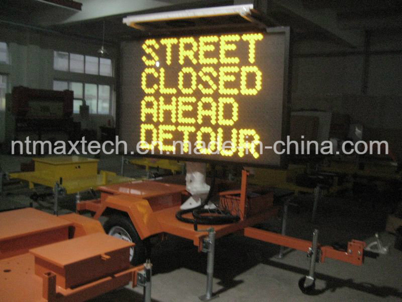 Middle Size Solar Powered Variable Message Traffic Sign with Easy Operating Remote Control