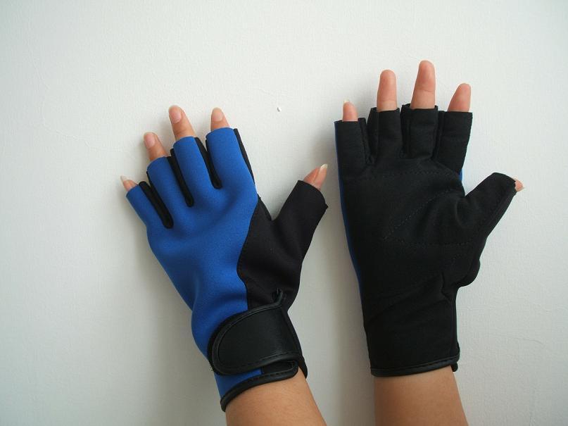 Knitting Pattern Boxing Gloves : Knit Gloves & Mittens - Yarn, knitting yarns, knitting patterns