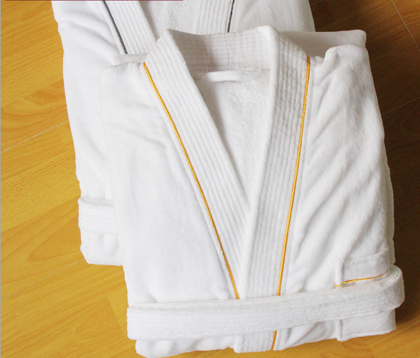 High Quality 100% Cotton Hotel Soft Cut Pile Bathrobe