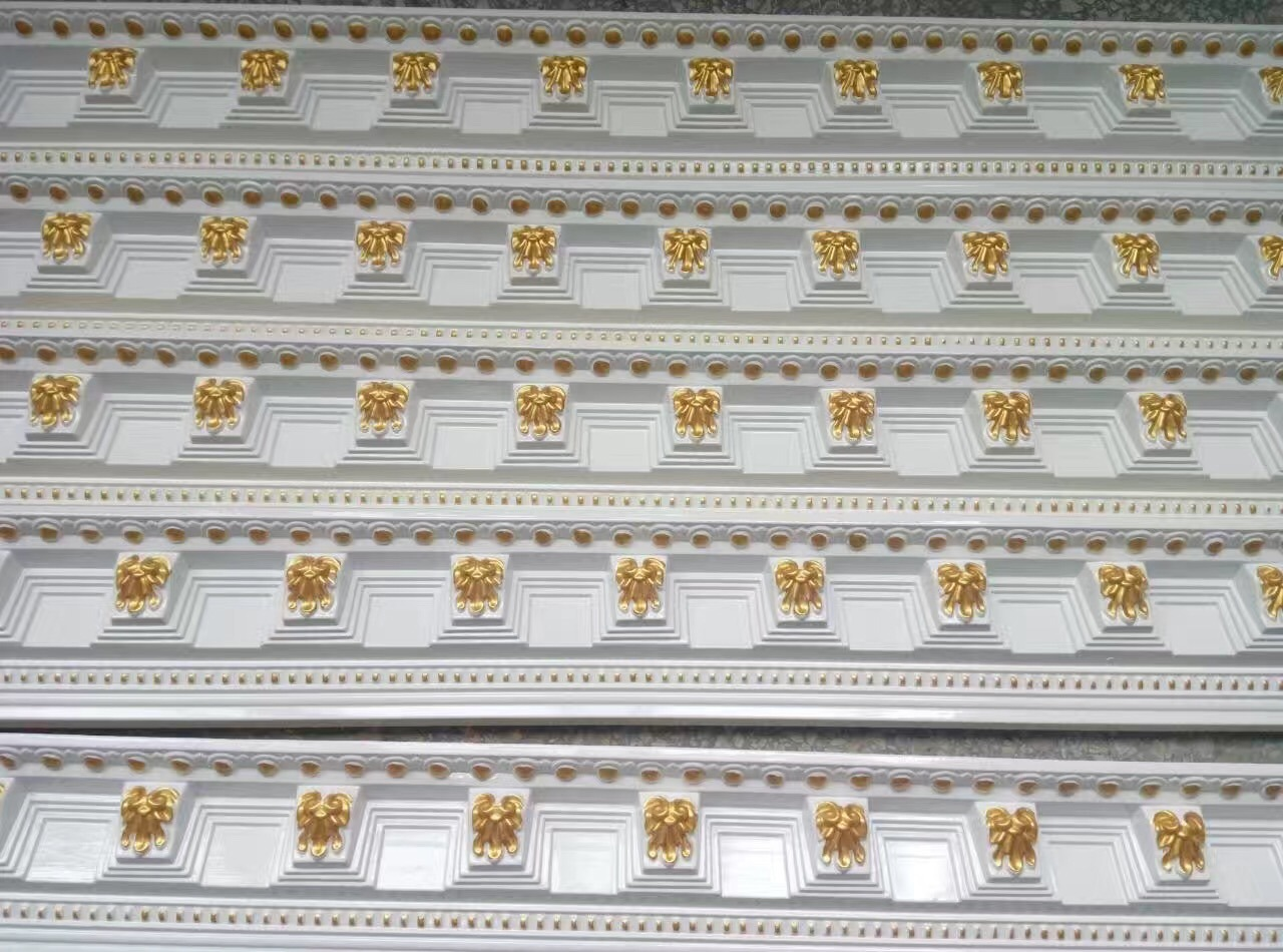 Zhejiang Golden PU (polyurethane) Foam Material Crown Moulding for Ceiling Decoration