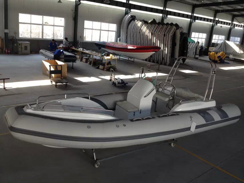 19feet 5.8m Inflatable Rib Boat, Fishing Boat Rescue Boat, Sport Motor Boat for Sale