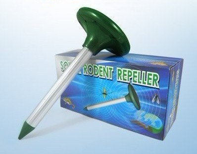 Outdoor Solar Ultrasonic Repeller for Mole and Rodents (ZT09052)