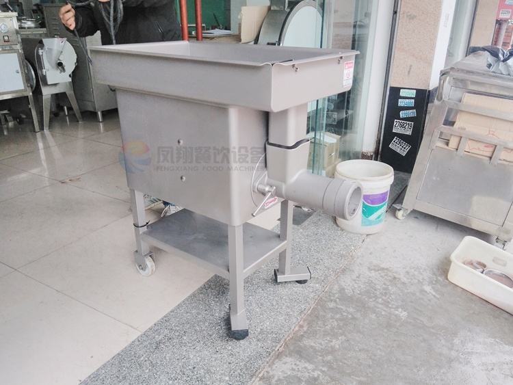 Industrial Automatic Chicken Meat Shrimp Press Grinder Grinding Mincer Mincing Making Machine