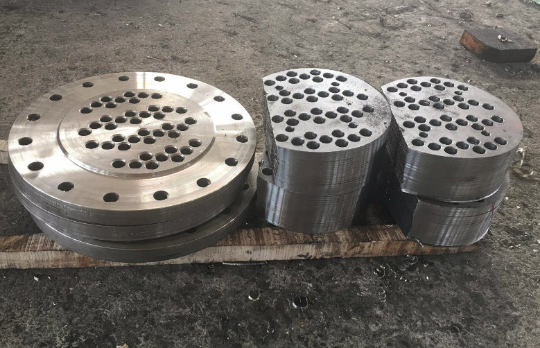 Customized Deep Hole Drilled and Machined Big Diameter Flange