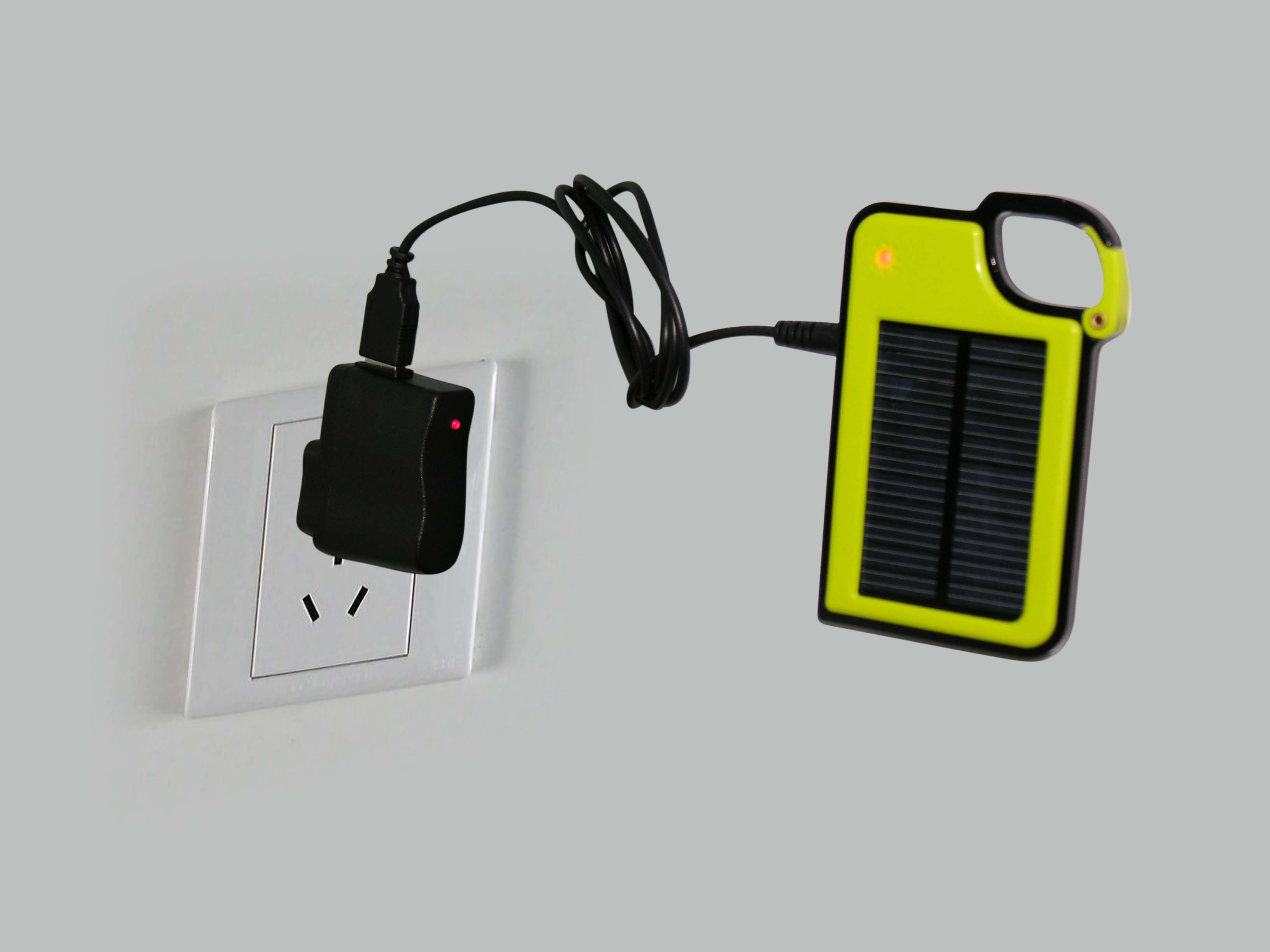 1300mAh Portable Solar Charger as Mobile Phone Accessories for iPhone 6