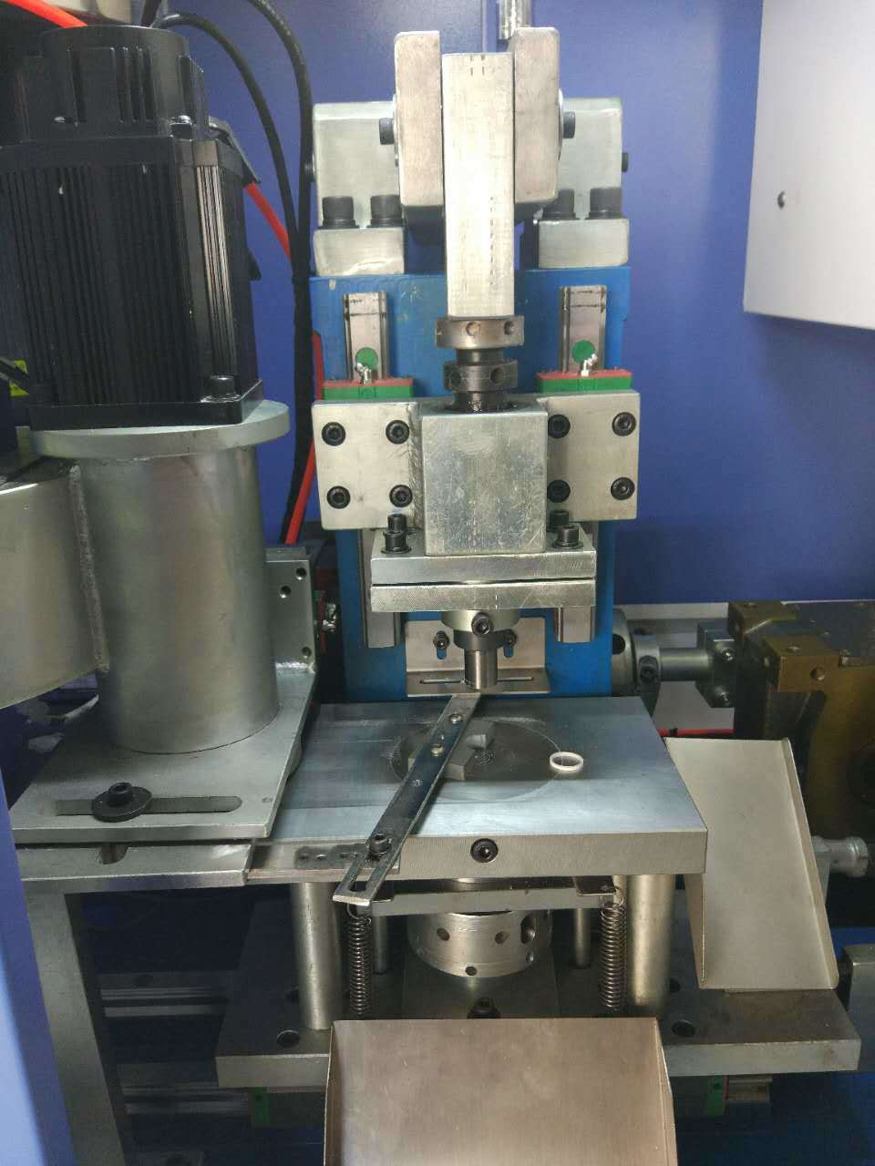 GMP-500 Automatic PTFE Molding Machine for Gasket
