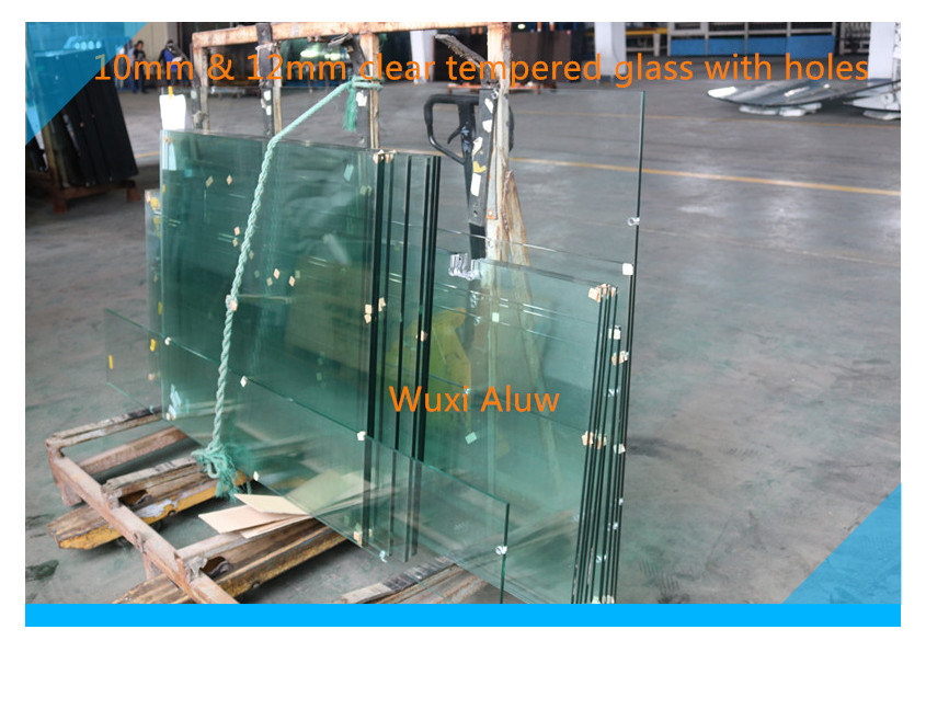 Polished Edge Tempered Glass for Door with Holes