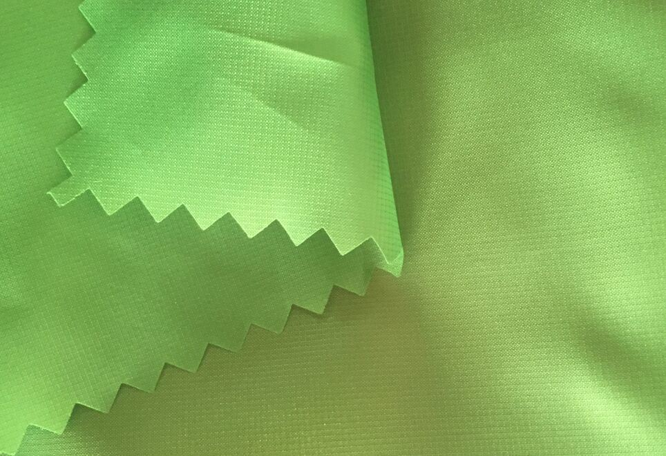 100% Polyester Taffeta 0.05 Ripstop Fabric for Down Jacket