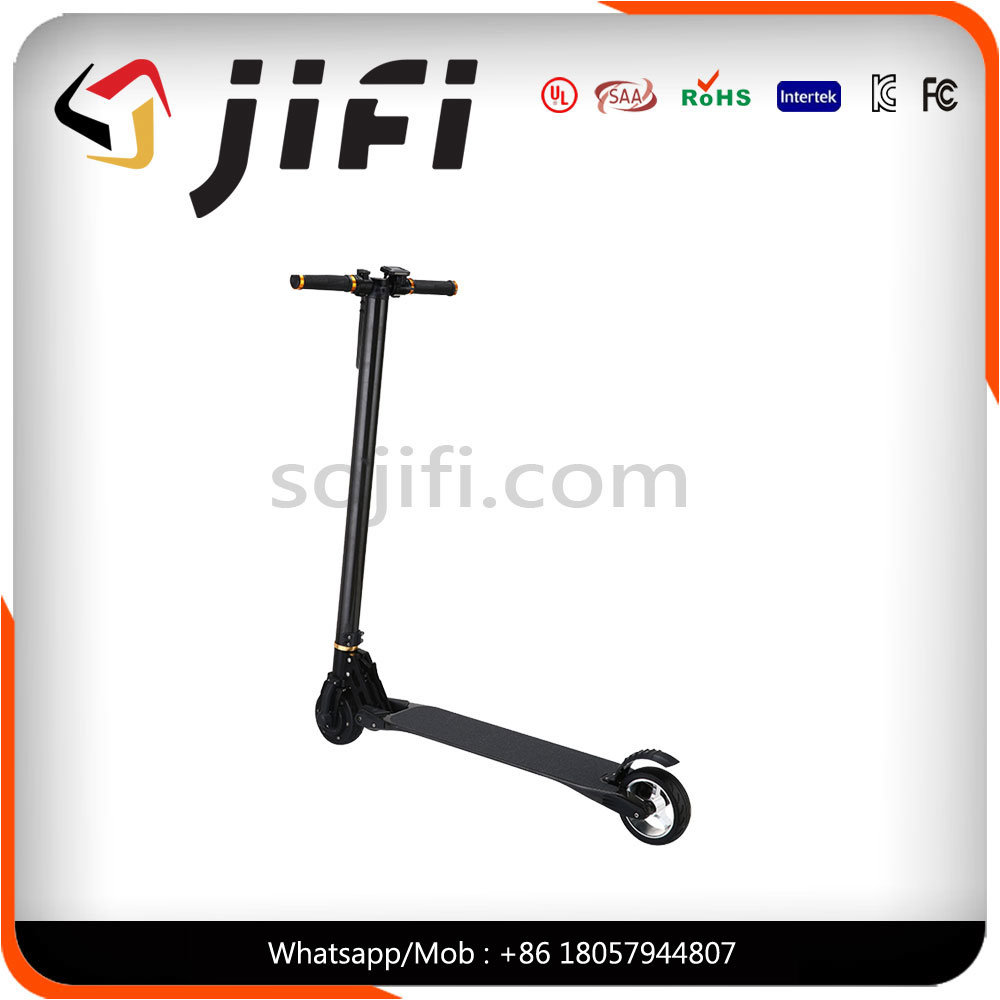 2017 New Design Carbon Fiber Cool Kick Scooter Electric Balancing Scooter