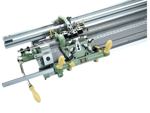 36inches Hand Driven Flat Knitting Machine (MN-C)