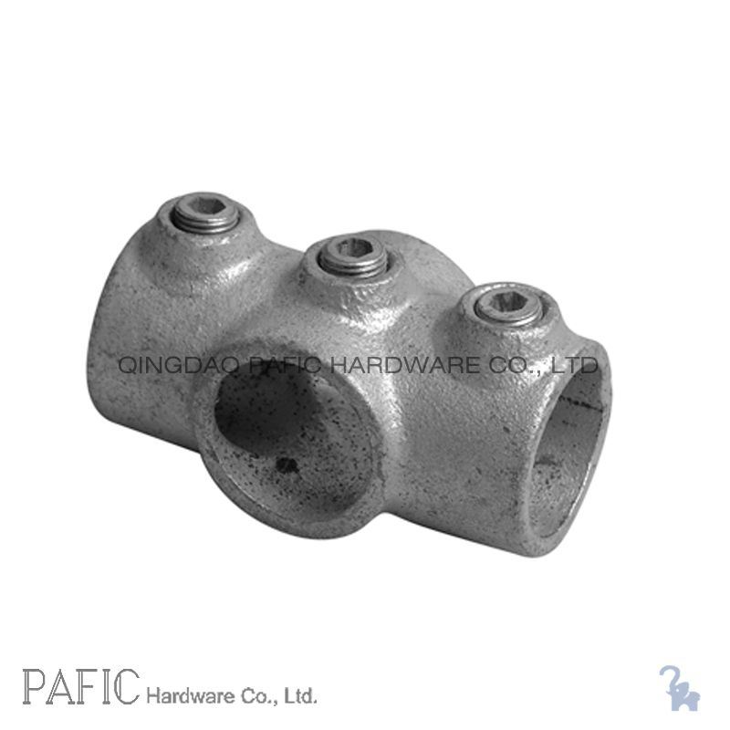 Malleable iron pipe fittings two socket cross photo