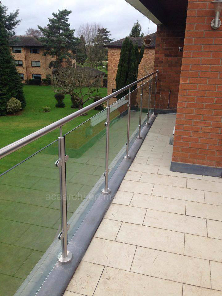 Portable Stair Glass Handrail/Tempered Glass Railing/Balcony Glass Balustrade with Stainless Steel Round Post