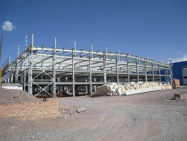 Pre-Engineering Steel Building