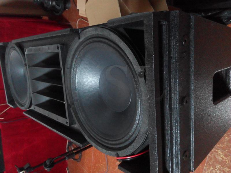 "12"" Line Array Speaker PRO Audio System"