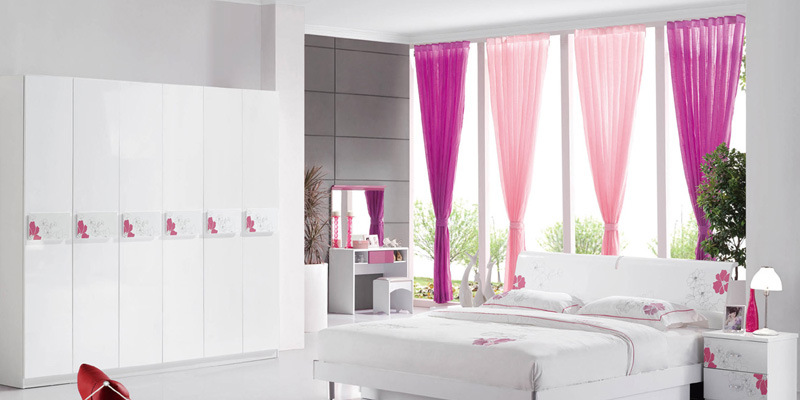 New Modern Design High Gloss Lacquered Modern Bedroom Furniture (HC835)