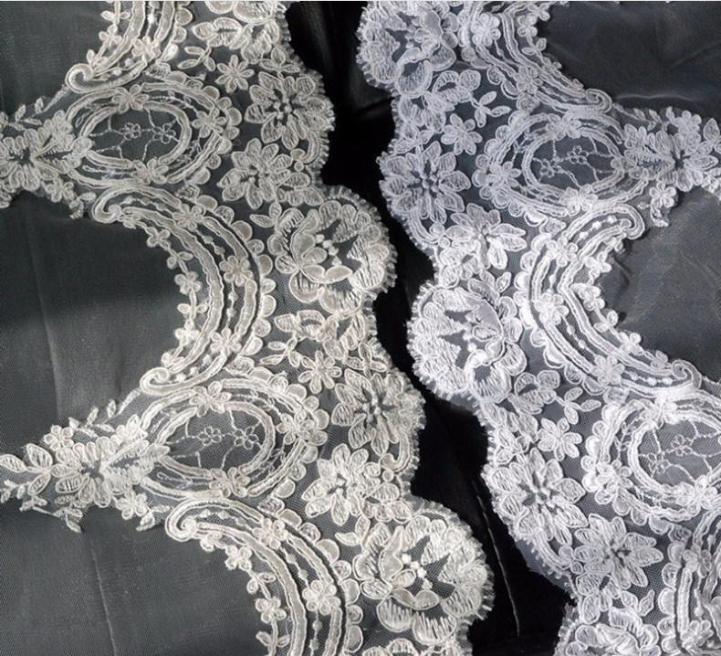 2017 Chapel Length Lace Pattern Edge Bridal Wedding Veil