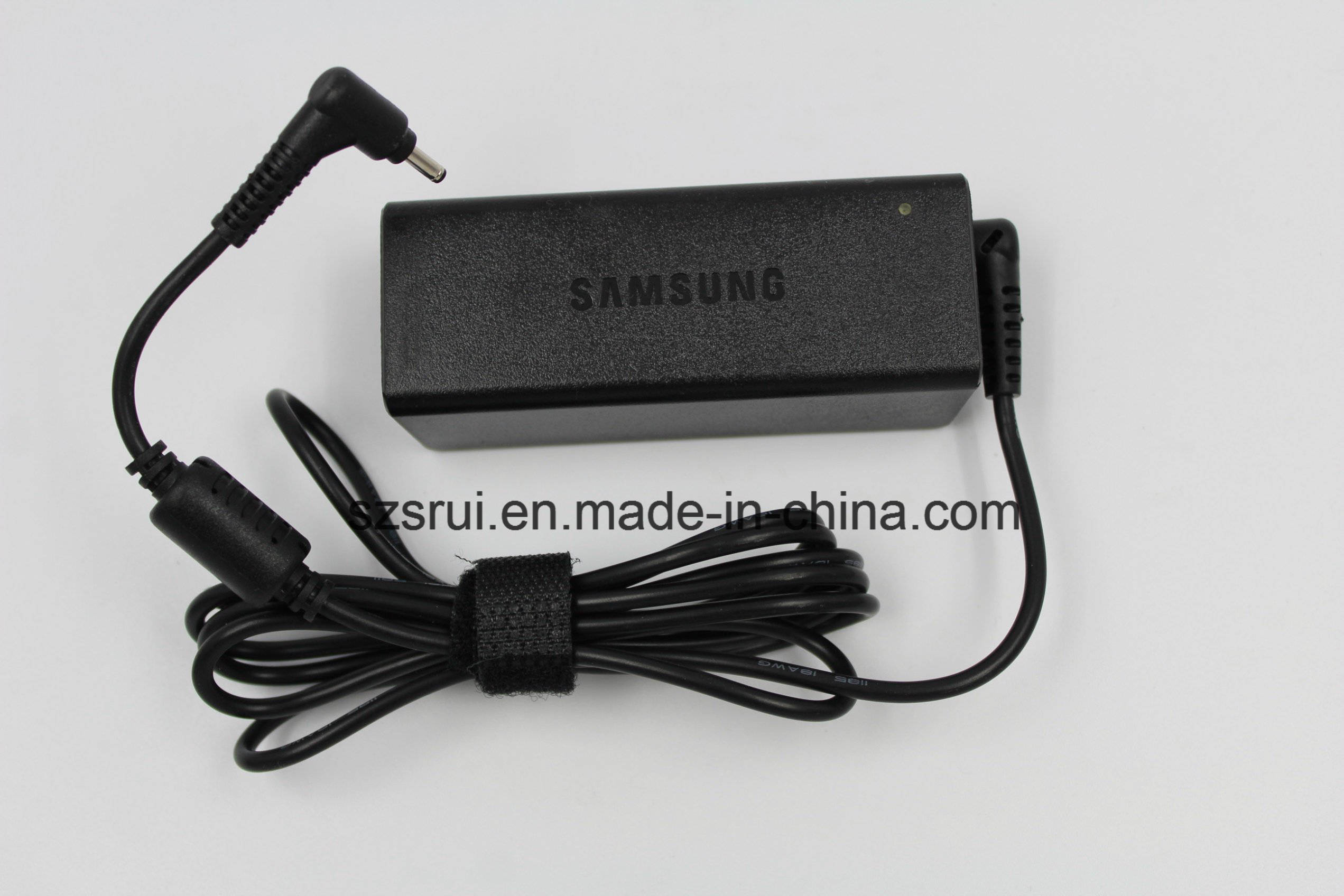 AC/DC Adapter Original 19V 2.1A 40W Charger Adapter for Samsung Series 9 7 Ultrabook