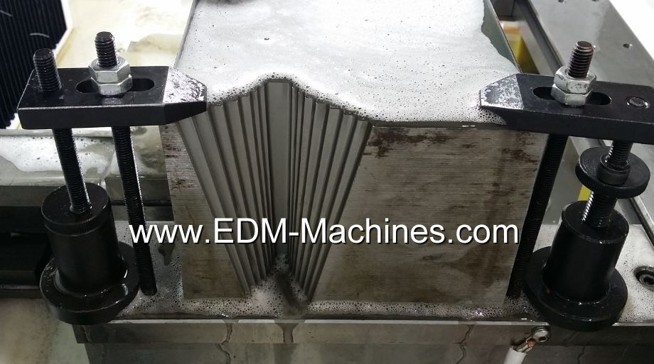 +-12 Degree Wire Cutting Machine, 5 Axis Control, Good Taper Device
