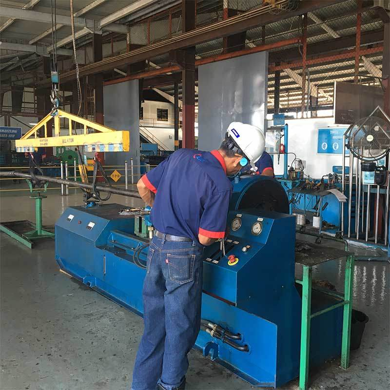 Zynj380/200 Big Torque Rotary Type Make up and Break out Machine
