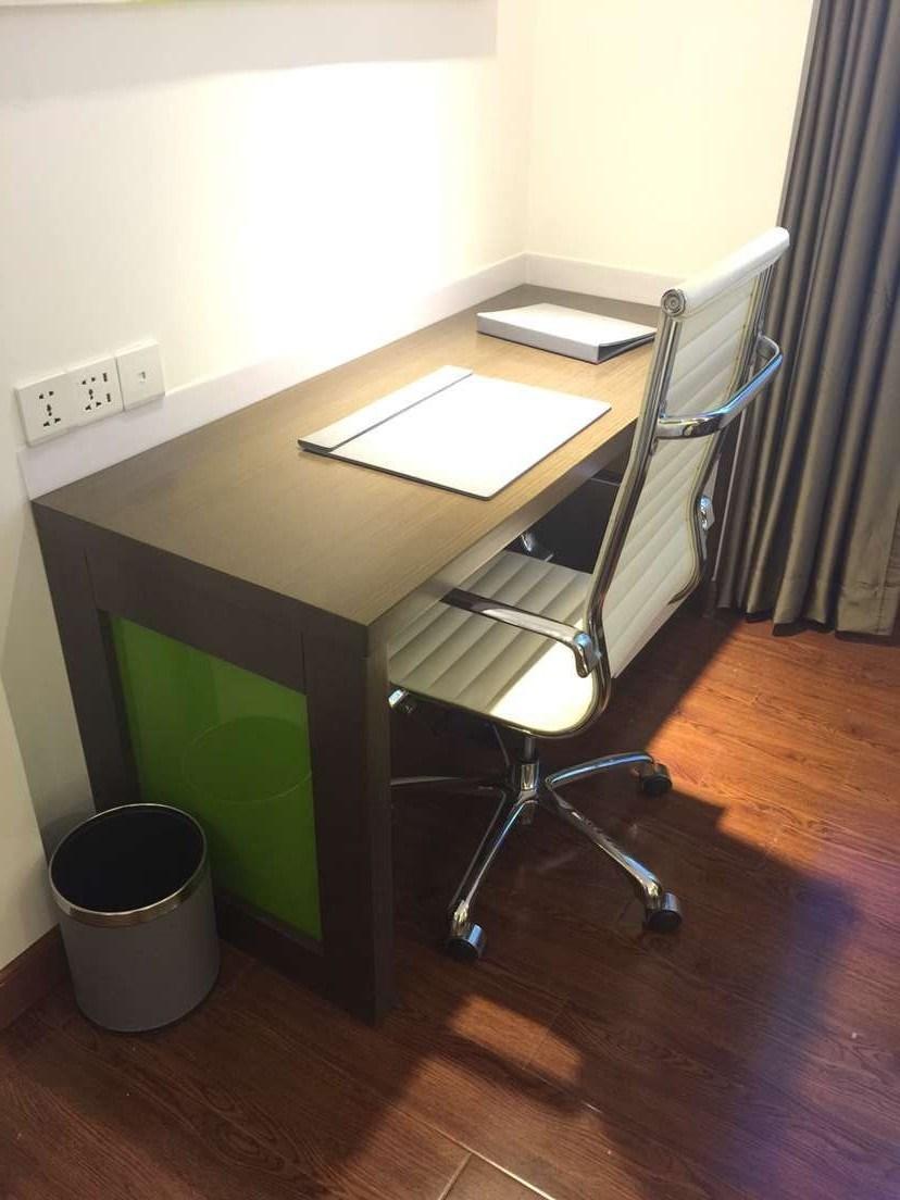 New Design Luxury King Size Hospitality Hotel Bedroom Furniture (B-1)