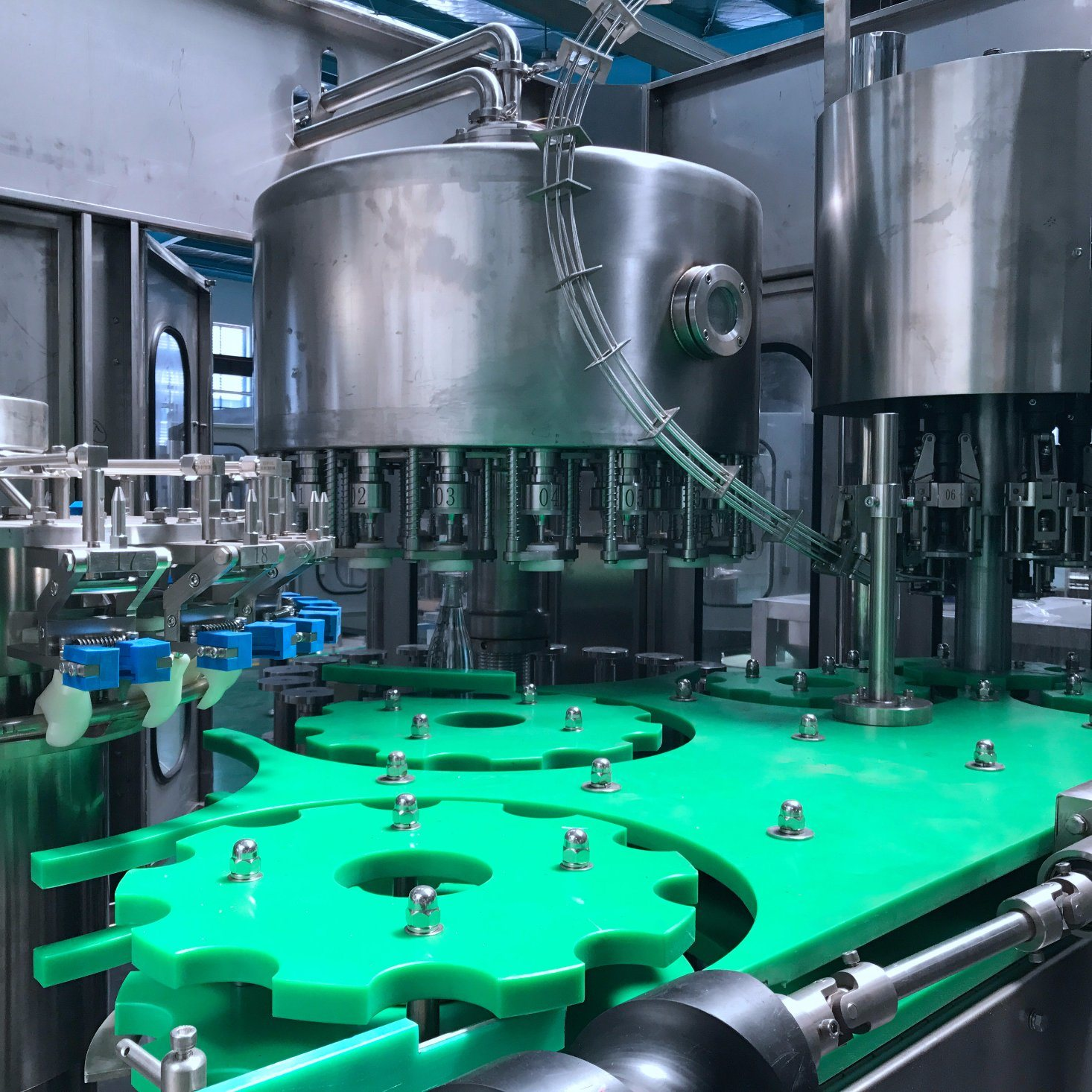 Liquid Unscramble Bottling Capping Labeling Machine with Ce Standard